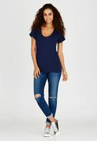 c(inch) - Rolled Sleeve T-shirt Navy