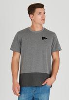 Element - Freedom Fashion Short Sleeve T-Shirt Grey