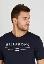 Billabong  - Unity V Short Sleeve T-Shirt Navy