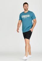 Billabong  - Tech Short Sleeve T-Shirt Blue