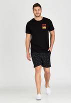 Billabong  - Burgleigh Wave Short Sleeve T-Shirt Black