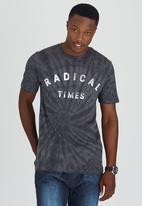 Quiksilver - Radical Tie Tee Dark Grey