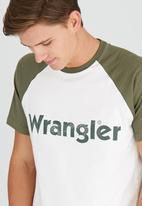 Wrangler - Heritage Raglan Tee Off White