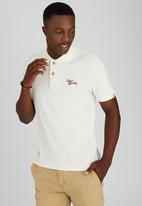Tokyo Laundry - Memphis Bay Golfer Off White