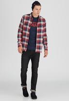 Vans - Alameda Long Sleeve Shirt Red
