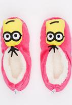 Character Fashion - Minion  Sherpa Sock Dark Pink
