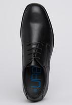 UrbanArt - Step 5 Wax Shoe Black