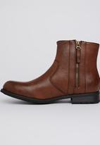 UrbanArt - Vivlite 1 Wax Boot Dark Brown