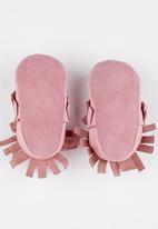 shooshoos - Passion Fruit Pale Pink