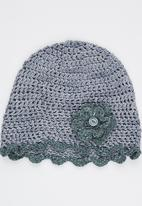 Myang - Beanie With Flowers Grey