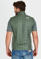 The North Face - Thermoball Hybrid Vest Green