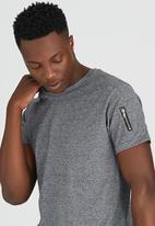Brave Soul - Eclipse Crew Neck T-Shirt with Sleeve Pocket Grey