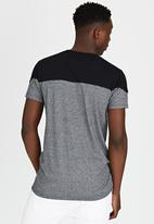Brave Soul - Eclipse Crew Neck T-Shirt with Zip Detail Grey