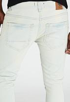 Brave Soul - Pullman Skinny Fit Jeans Pale Blue