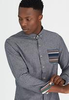 Brave Soul - Long Sleeve Shirt with Contrast Pocket Grey