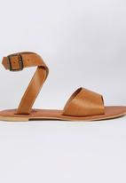 edit - Leather Ankle-strap Sandals Tan