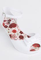 Candy's - Girls Peep Toe Sandal White