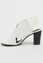 Billini - Tahlia Slingback Heels White