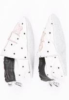 shooshoos - Pull-on Prewalker White