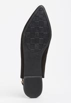 Bata - Lace-up Pumps Black