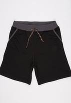 Rebel Republic - Quilted Shorts Black