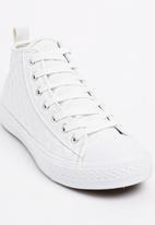 Tom Tom - Quilted High-top Sneakers White