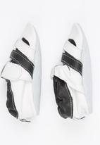shooshoos - Roller Blades Sandal White