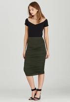 STYLE REPUBLIC - Bodycon Midi Skirt Dark Green