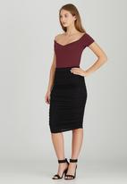 STYLE REPUBLIC - Bodycon Midi Skirt Black