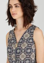 Revenge - Patterned Sleeveless Tunic Dress with Belt Mid Blue