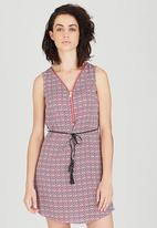 Revenge - Patterned Sleeveless Tunic Dress with belt Mid Pink