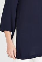 edit - V-neck Tunic Navy