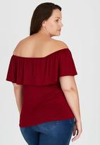 STYLE REPUBLIC PLUS - Frill Gypsy Top Red