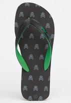 World Tribe - Bountry Flip Flops Black