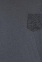 Soobe - Boys Tee With Pocket Detail Dark Grey