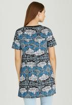 Sway - Quizzler Longer-length Tunic Top Black and Blue
