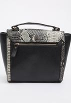 STYLE REPUBLIC - Snake Print Tote Bag Black