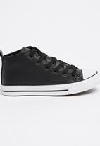 Foot Focus - High Top Sneaker Black
