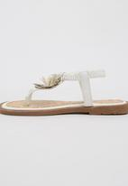 Rock & Co. - Sandal with Flower Detail White