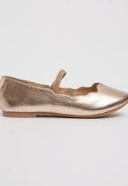Footwork - Darling Ballerina Pump Gold