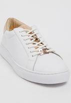 ERROL ARENDZ - Leather Michaela Lace-ups White