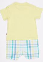 London Hub - Mock T shirt Yellow