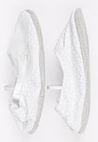 Myang - Pump With Bow Detail White