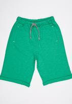Soobe - Capri Shorts Green