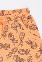 Soobe - Printed   Shorts Orange
