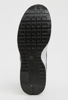 Tom Tom - Patent Sneakers Black
