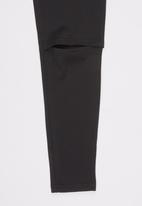 Rebel Republic - Knee Slit Ponti Legging Black