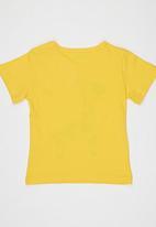 POP CANDY - Giraffe Tshirt Yellow