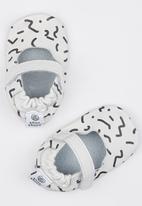 shooshoos - Pop Art Pump White