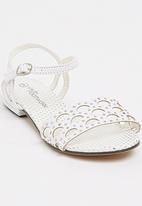 Footwork - Jan Low Flat Sandal White